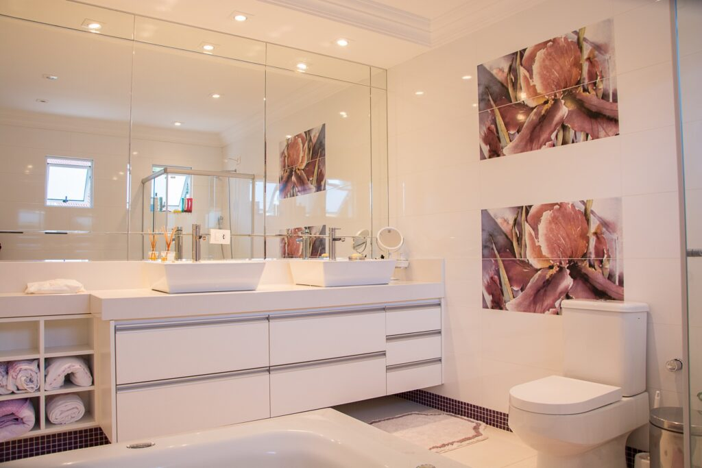 packing up your bathroom